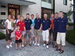 Den norske troppen foran ambassaden i Tokyo